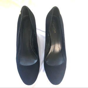 Calvin Klein Shoes - Calvin Klein black Nubuck suede pump Sz 8.5